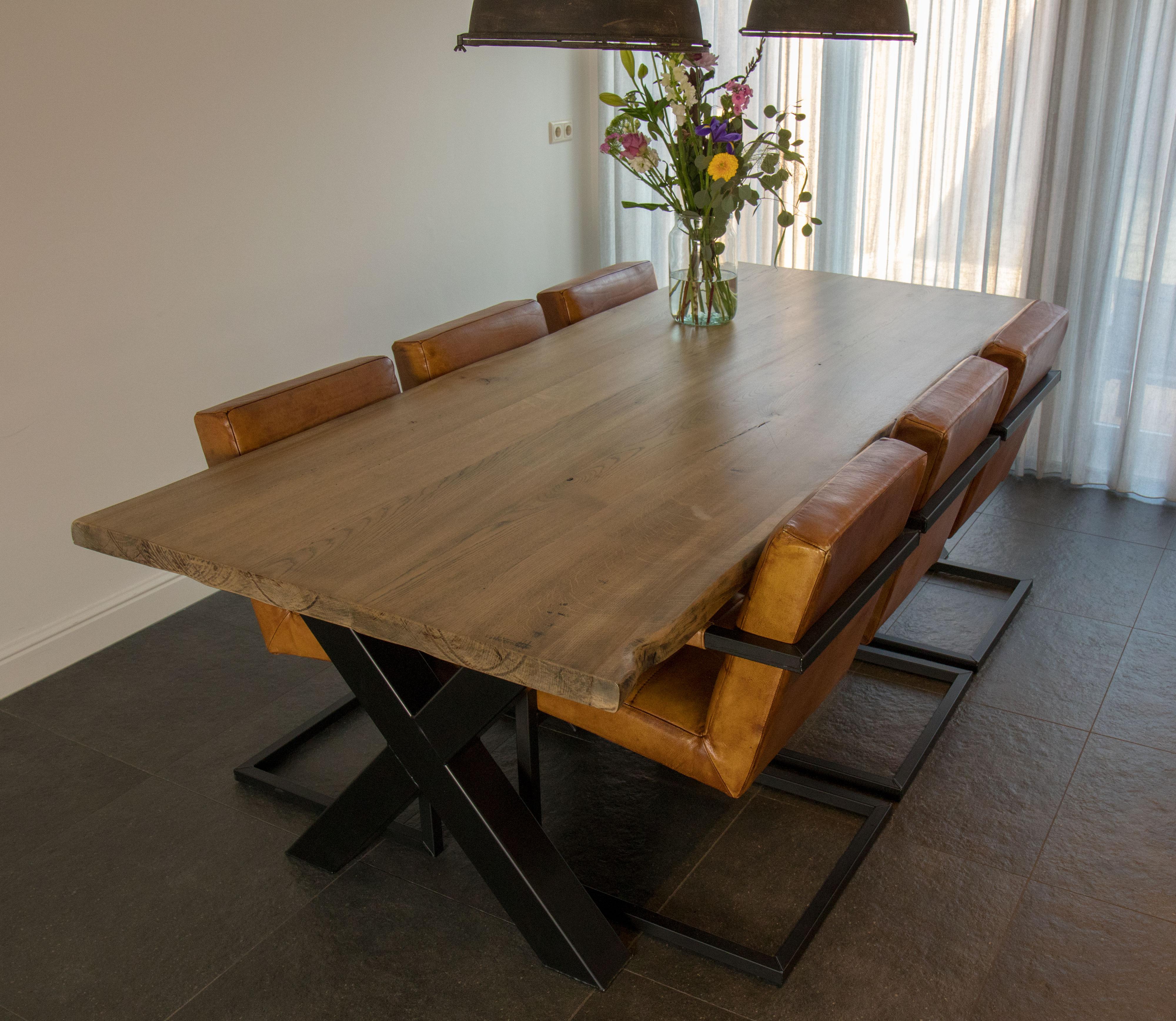 Eetkamertafels - Muubl eigentijdse meubelen